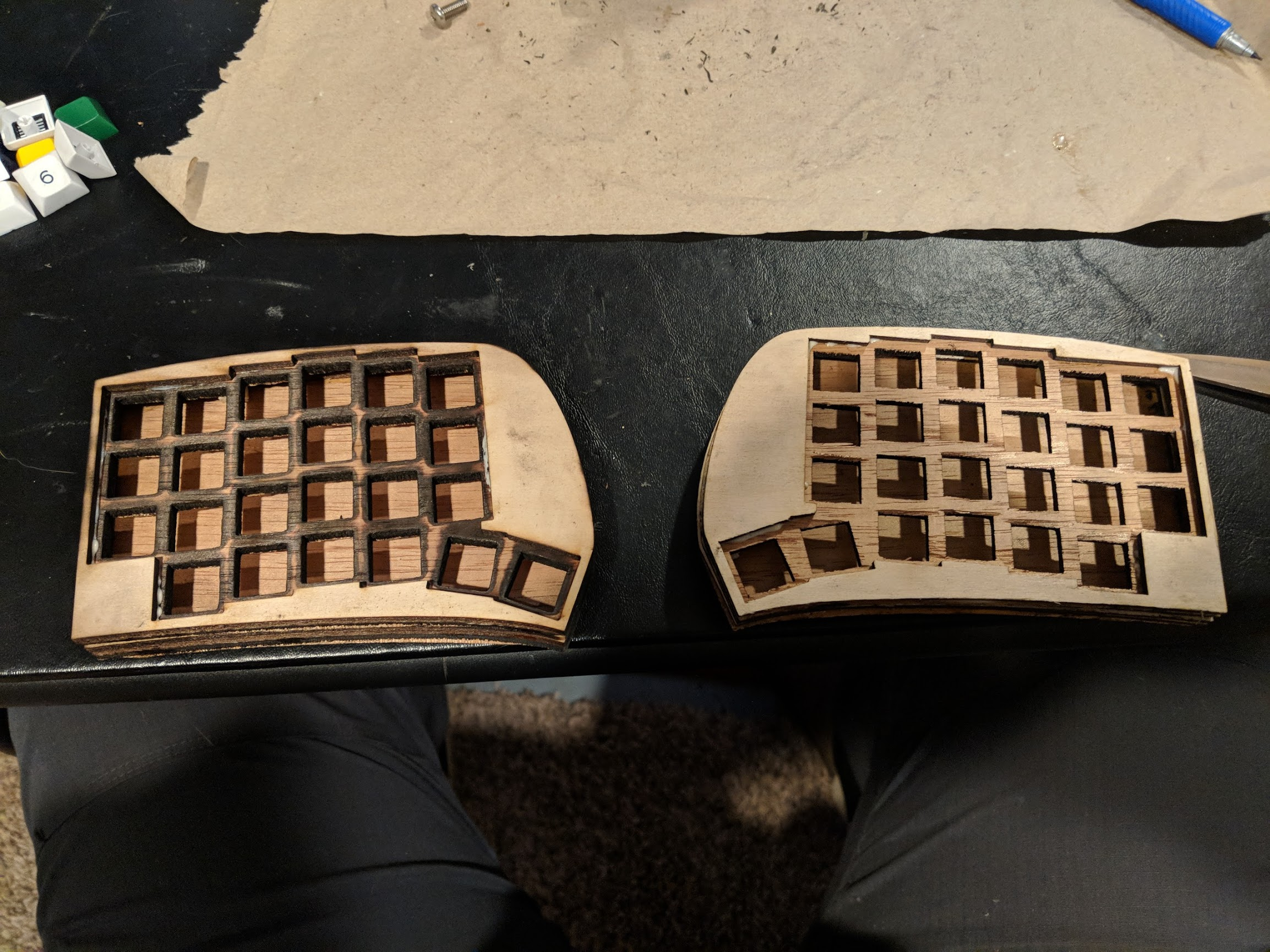 Split keyboard made of wood without any switches in it